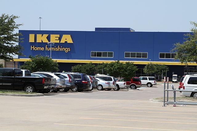 IKEA store: Photo by Rainchill